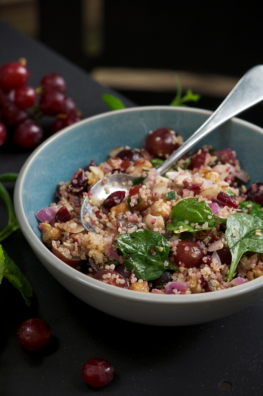 Quinoa With Grapes